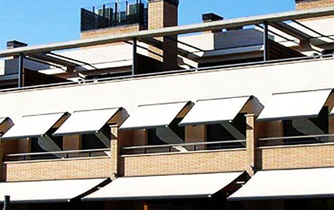 Instalación de toldos en Carabanchel, Madrid, con profesionales altamente competentes