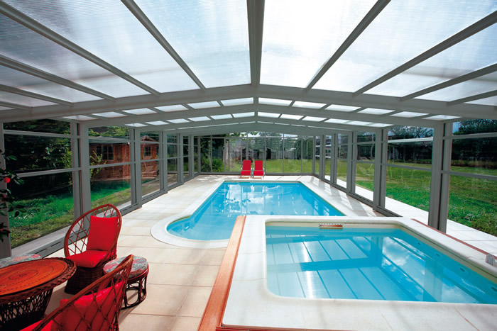 Lonas de toldos para piscinas y publicidad